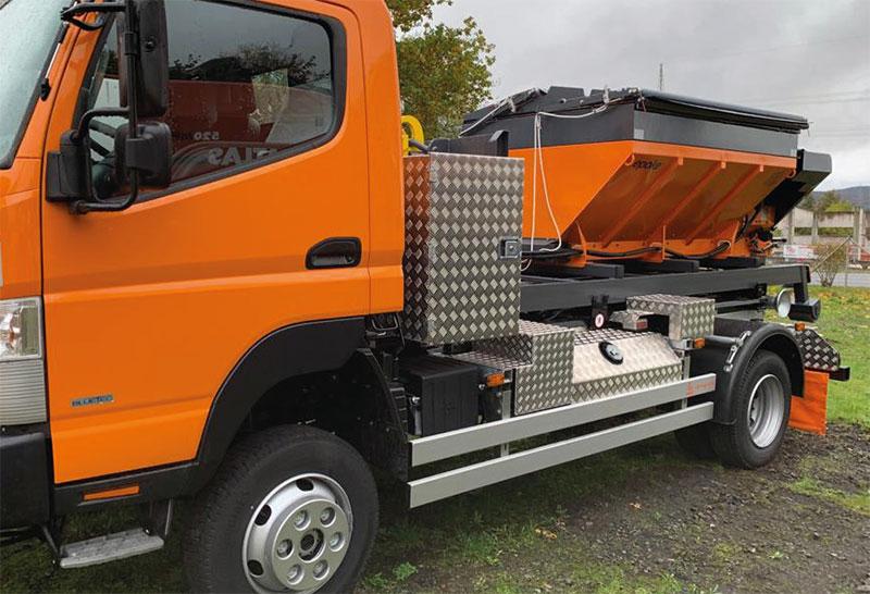 Mercedes Benz Fuso Fahrgestell mit Winterausrüstung von Epoke aus Osthessen